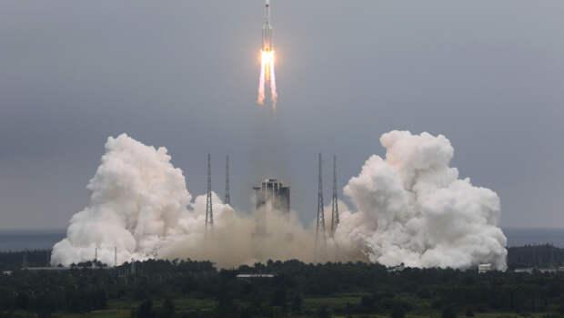 Обломки китайской ракеты-носителя могут рухнуть на Землю в выходные