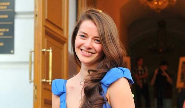 Александрова впервые показала лицо подросшей дочки