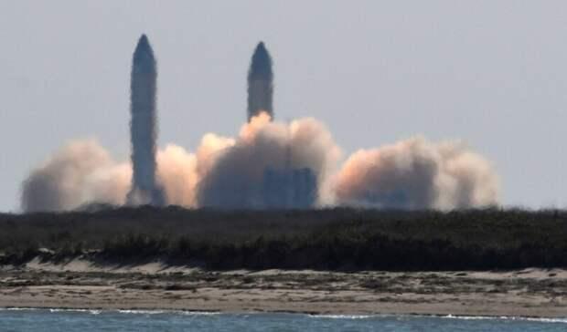 Космический корабль Илона Маска прошел успешные испытания