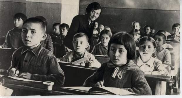 Школьная жизнь во время Великой Отечественной Войны
