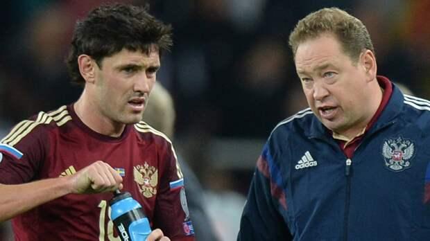 Жирков показал, как Слуцкий обматерил его в перерыве матча сборной России: видео