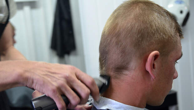 Жителям Подмосковья рассказали новые правила посещения парикмахерских