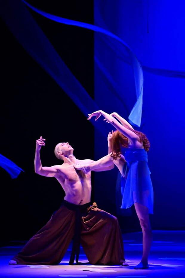 Театральные «Встречи в России»: Хармс, Лорка и демоны