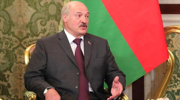 Александр Лукашенко разрешил силовикам применять оружие для пресечения массовых беспорядков