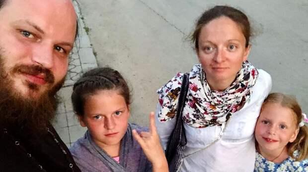 «Я готов умирать за свою семью, но не готов умереть ради победы ЦСКА в ЛЧ». Ставший священником болельщик армейцев