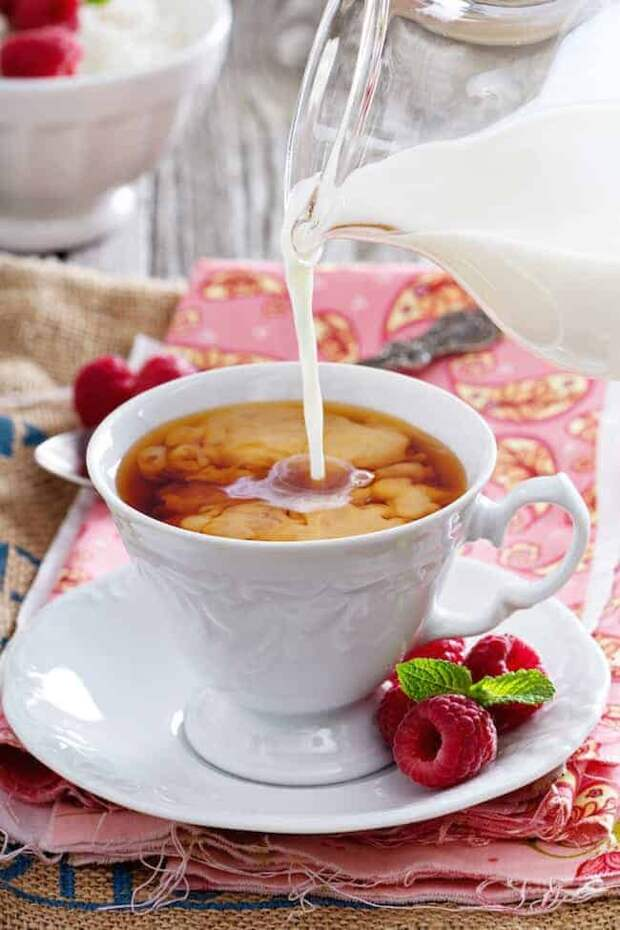 Чай с молоком: вред или польза?