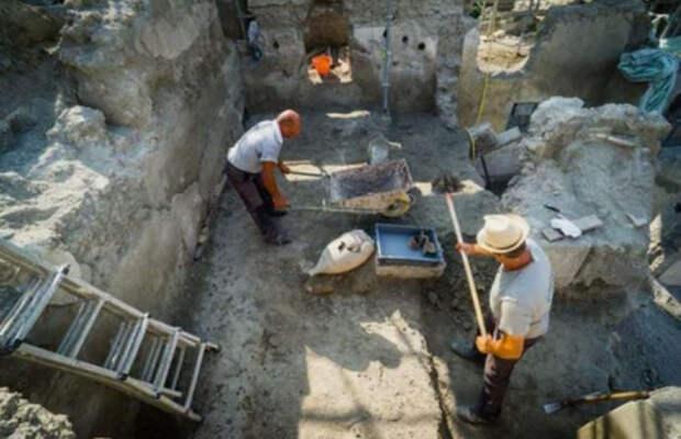 Археологи считают обнаруженную мыловарню уникальным открытием.
