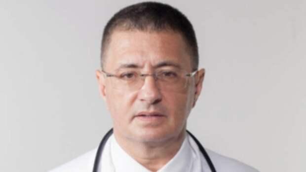 Доктор Мясников заявил о начале третьей волны пандемии COVID-19 в России