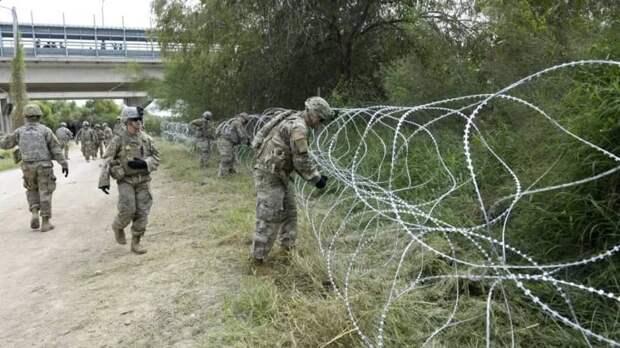 США применили химические средства против мигрантов, пытавшихся прорваться через границу с Мексикой