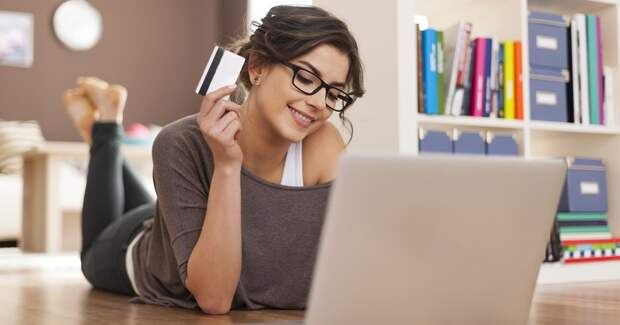 Сумма онлайн-покупок в «черную пятницу» выросла на 42%