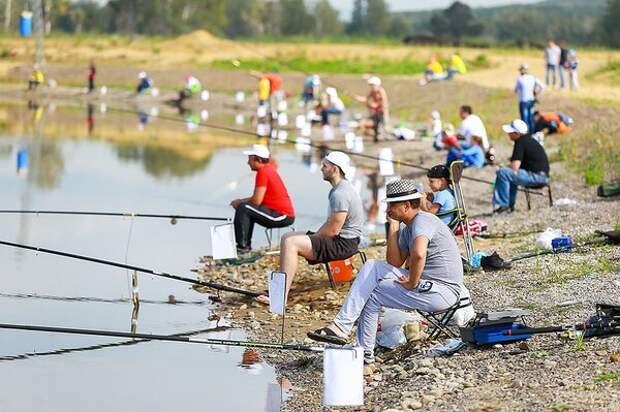 На спортивных мероприятиях по рыбалке нет учета норм вылова рыбы