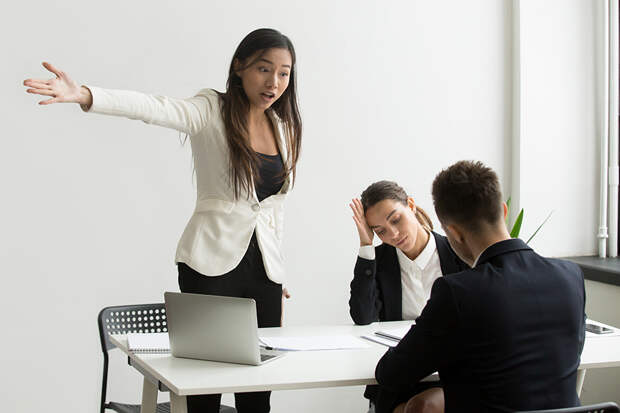 Стоп! Как перестать реагировать на негатив других людей