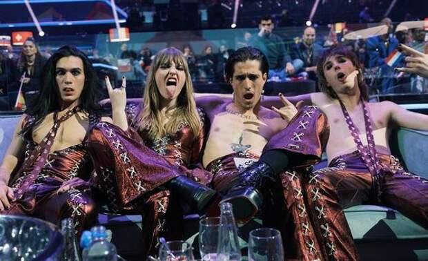Итальянские победители Евровидения вернулись домой под аплодисменты и скандал с наркотиками