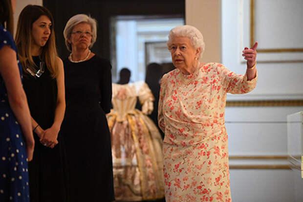 Королева Елизавета II подшутила над американцами
