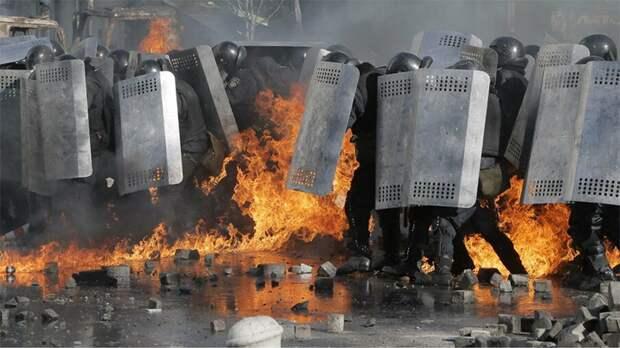 Украину ждёт новый государственный переворот со всем вытекающими последствиями