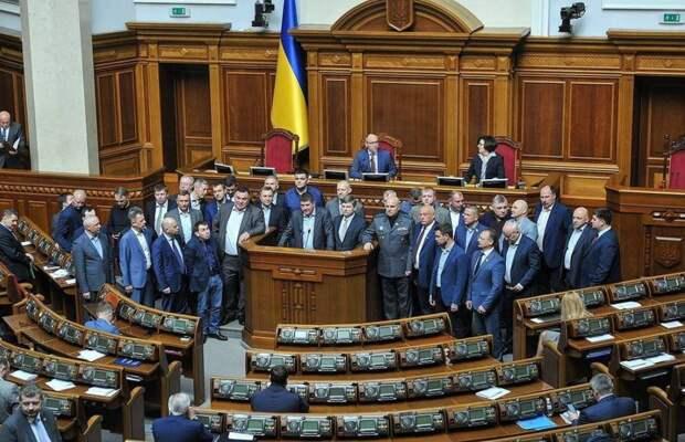 Опять раскол: на Западе Украины формируют свою власть и провозглашают собственного президента