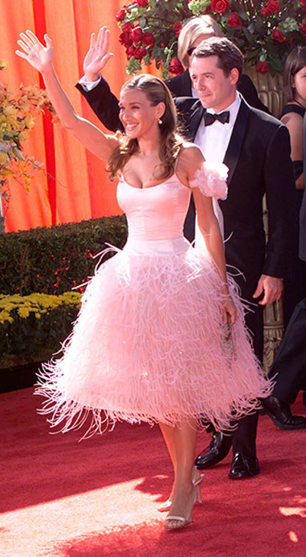 Самые красивые платья с церемонии Emmy