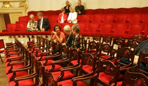 Ирина Апексимова положительно оценила идею введения QR-кодов в театрах