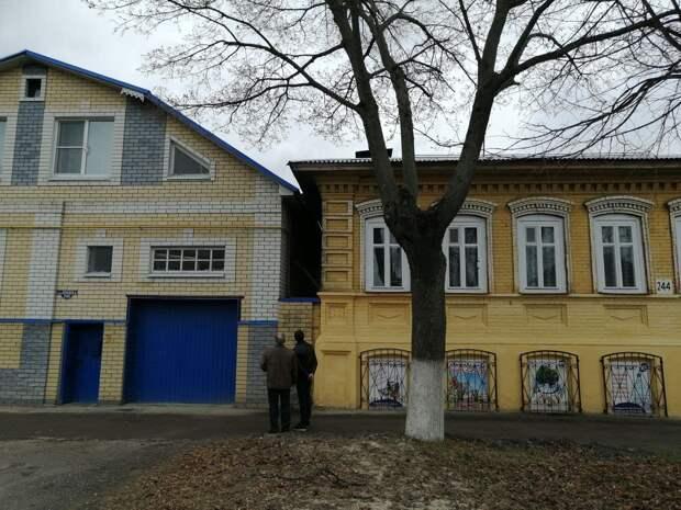 Отец-одиночка с ребенком-инвалидом пожаловался на подтопление дома в Богородске