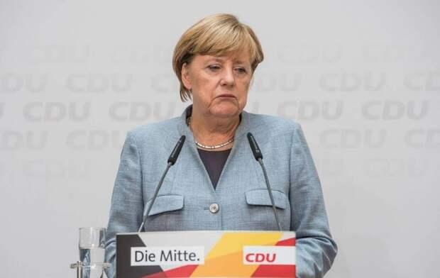 Рейтинг правящей в Германии коалиции во главе с Меркель упал до антирекордных значений