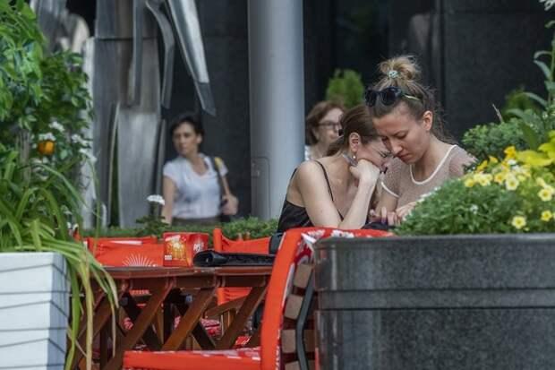 Внутрь можно, но парами: Роспотребнадзор придумал, как в Волгограде все-таки перекусить в кафе
