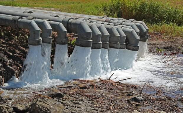 В Симферополь могут проложить постоянный водовод из Белогорска