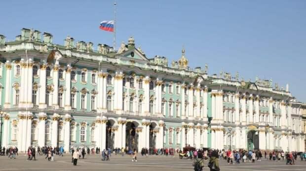 Утопленники, падение из окон, массовая драка: ТОП самых громких ЧП Петербурга