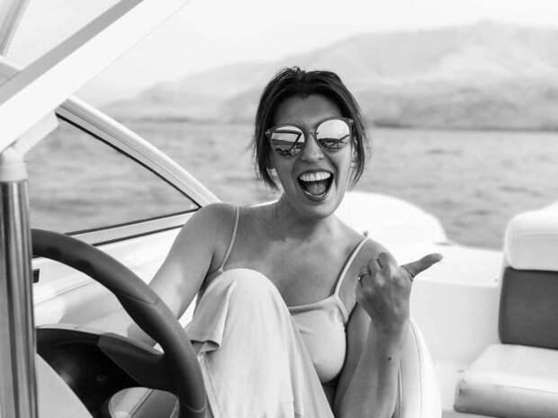 4 вещи, которые делают обеспеченную женщину «невидимой» для мужчин