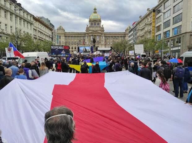 Американцы хвалебно похлопали по плечу, но это единственное «приобретение» для Чехии