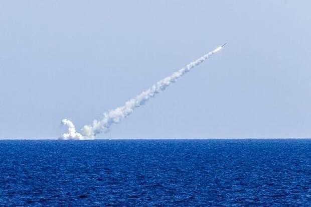 Киевский аналитик Чмут: в случае войны ракеты России могут в первые же сутки отбросить Украину на 20 лет назад
