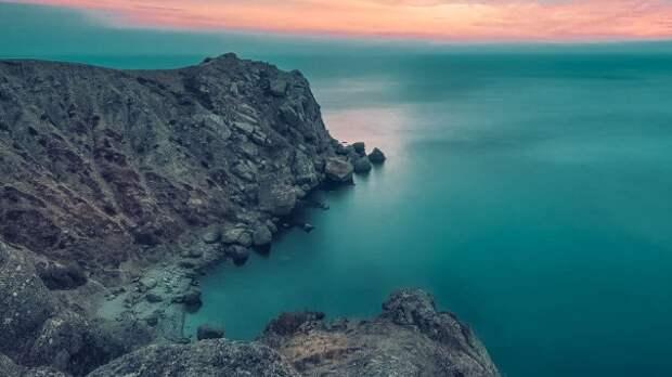 Крушение прогулочного катера у берегов Крыма