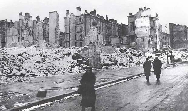 От нацистской агрессии Советский Союз потерял почти треть своего богатства