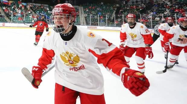 «Канадцы с лавки водой обливали». Мирошниченко — о финале ЮЧМ, визе в США и «Авангарде»
