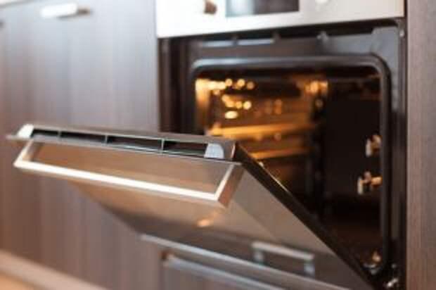 Как правильно прогревать духовку?