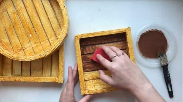 Неординарное использование картона для декора