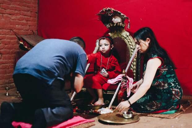 5 интересных фактов о кумари — девочках, которых боготворят, пока они не вырастут