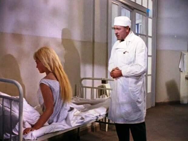 Роль, сыгранная спиной. Почему актриса, игравшая мать-кукушку в фильме «Дети Дон-Кихота», так и не показала зрителям своё лицо