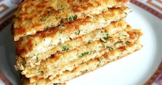 Творожные лепёшки. Вкуснятина из творога на завтрак вместо сырников: готовить проще и быстрее 2