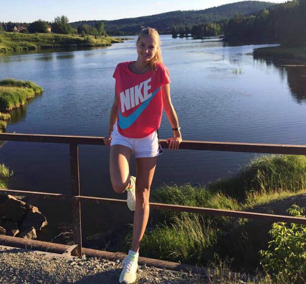 Волейбольная принцесса из Уралочки с идеальной фигурой прославилась на всю страну