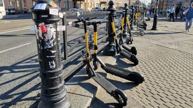В Петербурге утвердили правила для езды на электросамокатах