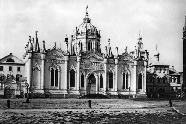 5 готических зданий в Москве, которых больше нет