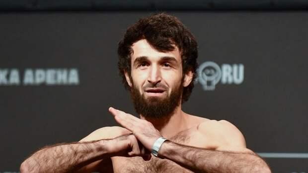 Тренер Магомедшарипова заявил, что российский боец хочет драться только за титул чемпиона UFC