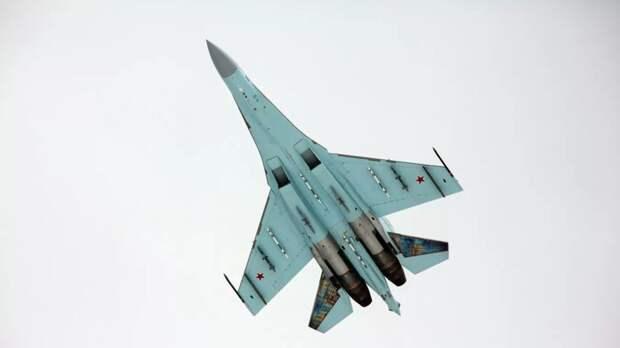 Су-27 перехватил над Чёрным морем патрульный самолет США