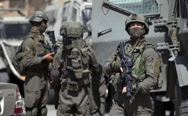 На фото: израильские военные