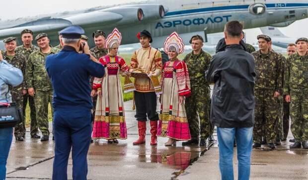 Экс-депутат Верховной рады Олейник о планах Запада на Белоруссию: Только дешевая рабочая сила