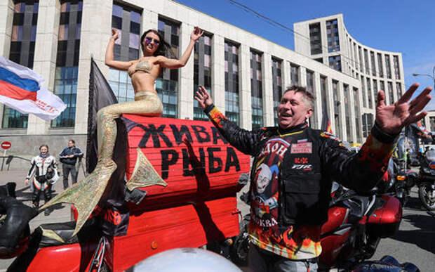 В ближайшие выходные дороги в Москве перекроют ради байкеров и танков