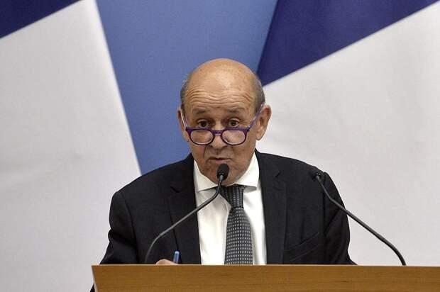 Франция попросила ЕС отложить торговые переговоры с США. Что нужно знать о кризисе в отношениях Парижа и Вашингтона