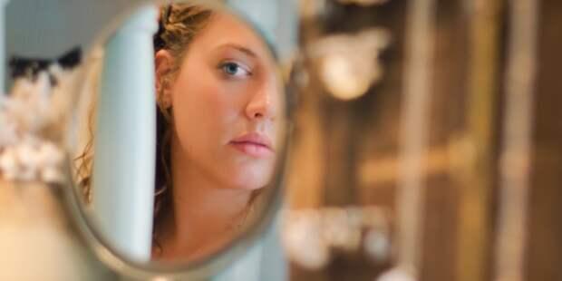 Почему в зеркале мы кажемся себе лучше, чем на фото?