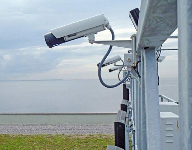 На каком расстоянии камеры фиксируют нарушения скорости