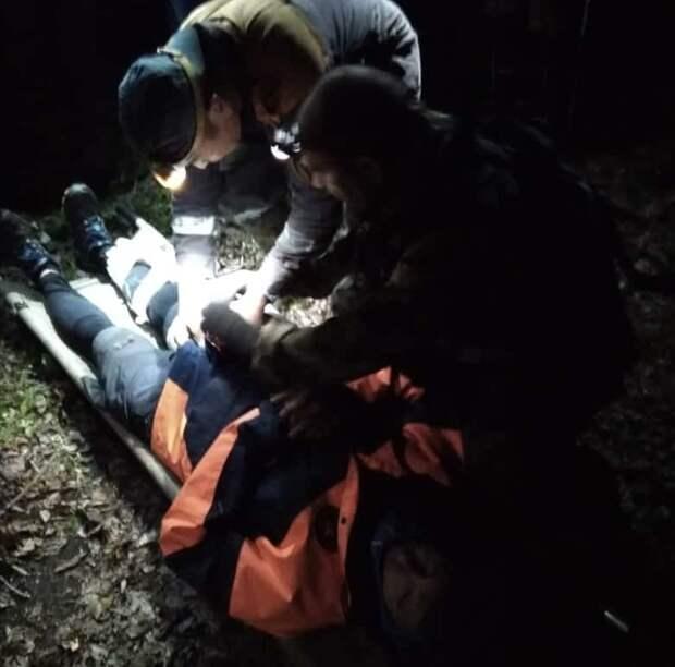 Спасатели БПСО эвакуировали мужчину, пострадавшего во время забега на реке Харлахта